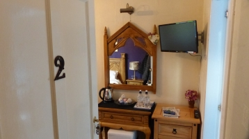 Entrance to the girls' room.